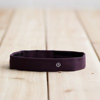 skinny fly away tamer headband | women's headwear | lululemon athletica