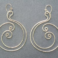 Nouveau 104 Hammered spiral circle earrings by CalicoJunoJewelry