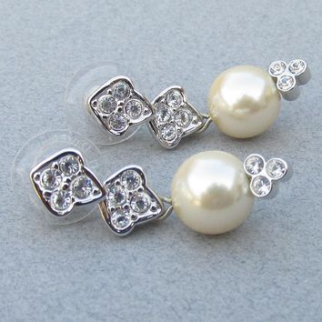MINT In BOx!  Joan Rivers Vintage 1990's Classics Collections Faux Pearl & Rhinestone Dangle Earrings