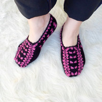 Hand Knit  Slippers, Socks. Turkish Knitted slippers. House shoes. Black.