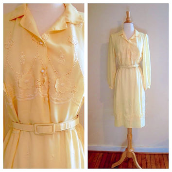 Vintage Yellow Dress . 70s 80s Secretary Dress with Floral Cutouts . size M