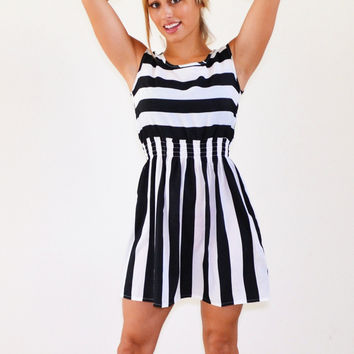 Sarah Black n White Strip Dress