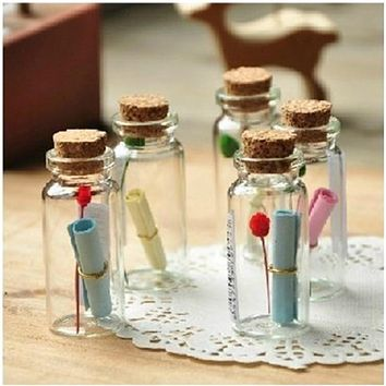 Cheapest 50Pcs 0.5ml Mini Clear Glass Bottle Vials Empty Sample Jars with Cork Stopper Message Vial Weddings Wish Bottle