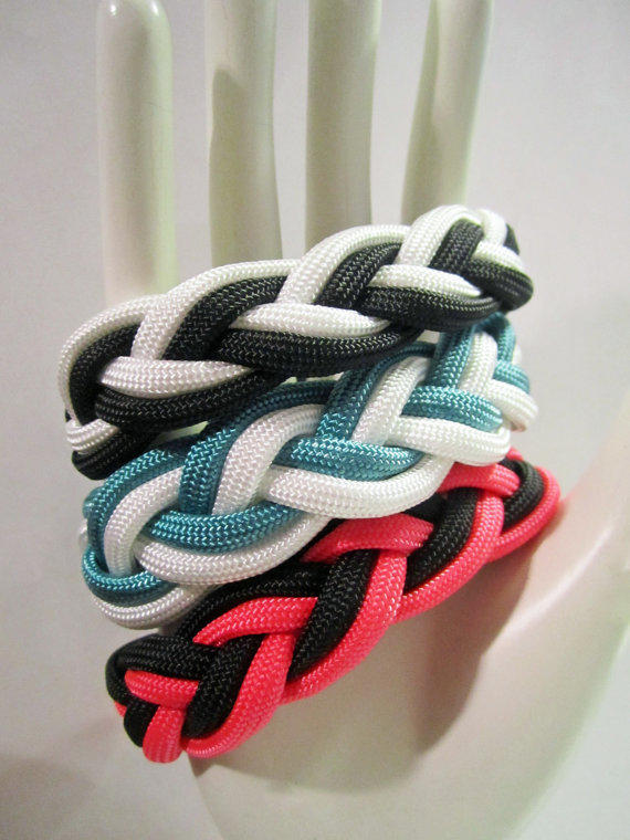 Custom Two-colored Paracord