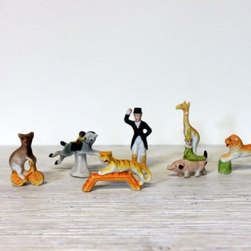 vintage circus animal cake toppers // porcelain cupcake toppers // japan 7pieces