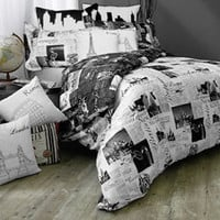 Passport Reversible Full/Queen Duvet Cover Set