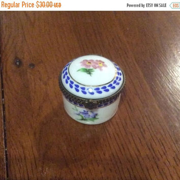 Limoges Porcelain French Trinket Box by Porcelain Art Vintage Collectible