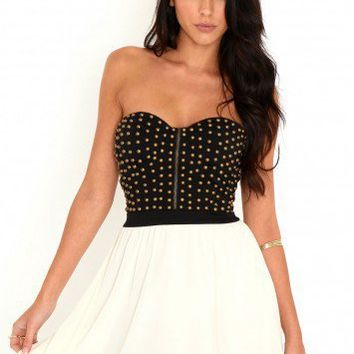 Missguided - Martyna Stud Bust Dress