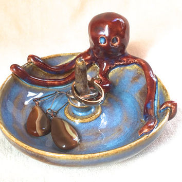 Red Octopus Ring Dish, ceramic ring tree jewelry storage bracelet ring jewelry display ring stand nautical ring cone blue dish red