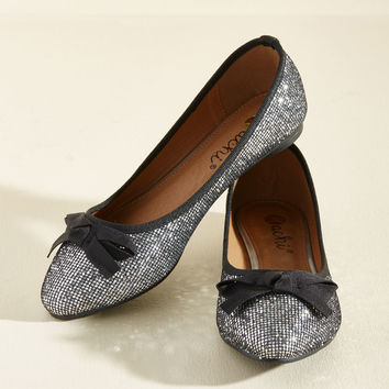 Fave the Day Flat in Silver | Mod Retro Vintage Flats | ModCloth.com