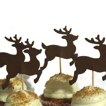 Leaping Reindeer Cupcake Toppers - Christmas Decorations - 12 holiday food picks #party #decor