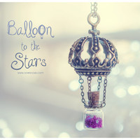 Hot Air balloon Tiny Bottle Necklace, with glitter stars. Glass vial necklace. Bottle Pendant, cute necklace, Hot Air balloon necklace
