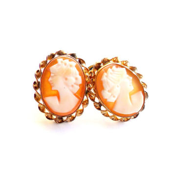 Vintage Cameo Screw Back Earrings Carved Shell 1/20 12k GF Gold Filled Curtis Creations Curtman CC Uncas 1950s