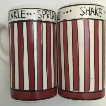 Shake Sprinkle Shakers Red White Stripes Popcorn Seasoning Salt Pepper Set