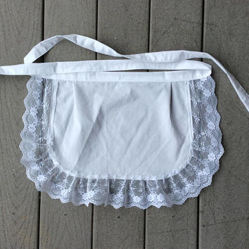 White Lace apron, White Embroidered apron, Bridal apron, Party hostess pocket,  White apron with pocket, Gift for bride, Bridal Shower Apron