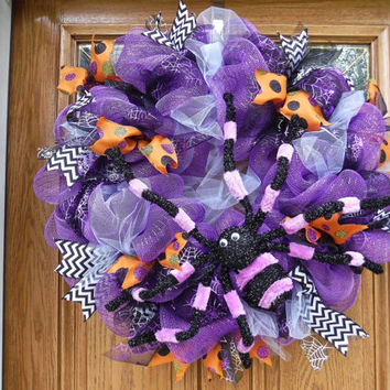 FREE SHIPPING, Halloween Door Wreath, Spider Wreath, Deco Mesh Wreath