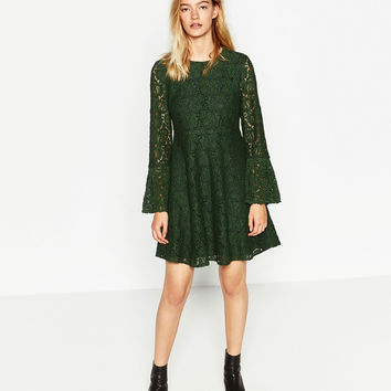 FRILLED SLEEVE GUIPURE LACE DRESS DETAILS
