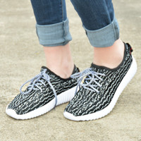 Comfy Chic Sneakers - Black Marble