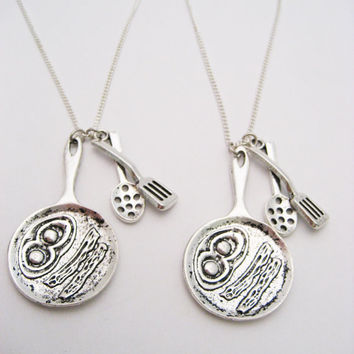Frying Pan Necklace Set Best Friends Jewelry Bacon and Eggs Necklace Set Frying Pan and Spoon Necklace Foodie GIfts