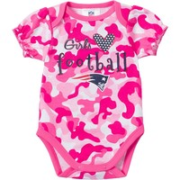 New England Patriots Camouflage Bodysuit - Baby Girl, Size: