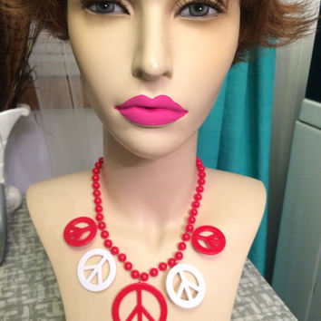 Vintage Peace charm necklace red and white plastic DEADSTOCk