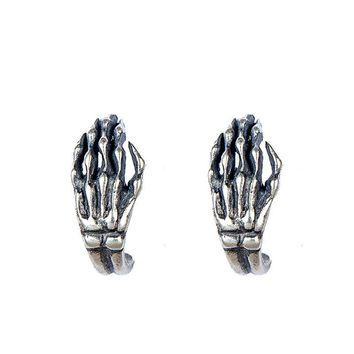Retro Silver Color Hand Skull Ghost Ear Stud Gothic Punk Style Earrings Fashion Prevent Allergy