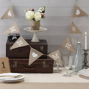 Mr & Mrs Hessian Burlap Bunting - Wedding or Party Decoration Banner - Vintage Affair (Color: Brown) [7983548359]