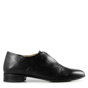 Sutro Valencia Women's Oxford in Black