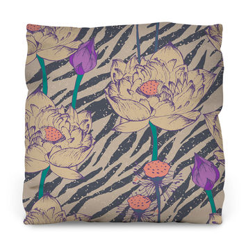 Vintage Hipster Floral Pattern Throw Pillow