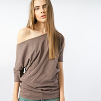 Womens tshirt off the shoulder in brown - New Collection