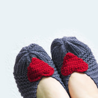 PRE-FALL SALE..  Women Slippers, Grey Knit Slippers with Red Heart, House Shoes, Women Sokcs, Wool Socks, Tweed Slippers, Winter Accessories