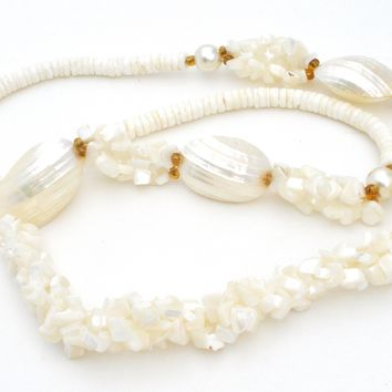 Pucca SeaShell and Mother Of Pearl Necklace Vintage