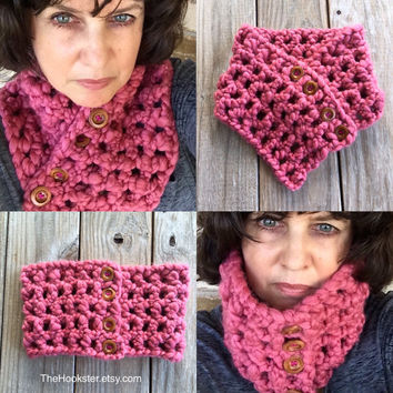 Chunky Pink Crochet Infinity Scarf, Breast Cancer Cowl, Chunky Crochet Scarf,, Chunky Pink Infinity, Outlander Cowl, Pink Cowl with Buttons