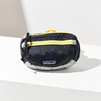 Patagonia Lightweight Travel Mini Belt Bag | Urban Outfitters