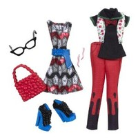 Monster High Ghoulia Yelps Deluxe Fashion Pack