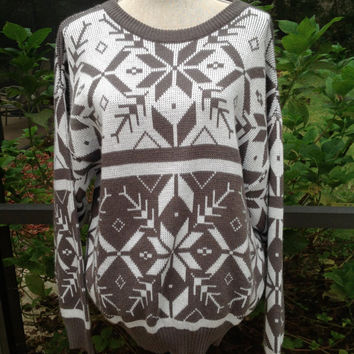 Vtg 80's Grey Snowflake Sweater Hipster Sweater Jumper Made in Italy Size Medium Acrylic //Suznews Etsy Store//