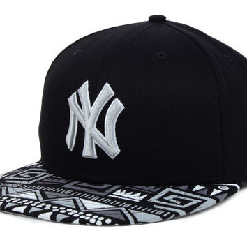 New York Yankees MLB Cross Colors Snapback Cap
