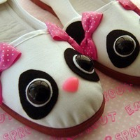 Sweet Panda Bear Mary Jane Shoes  size 8 by emandsprout on Etsy