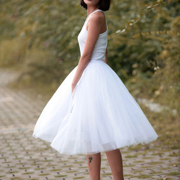 Tulle Skirt Tea length Tutu Skirt Knee length tulle tutu Princess Skirt Wedding Skirt in White - NC455