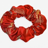 LUCKY SCRUNCHIE- RED