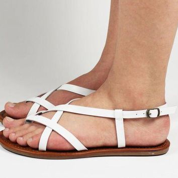 DCCKLP2 MIA for Women: Cruise White Vegan Sandal