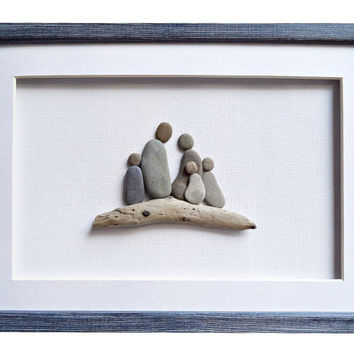 Family of five pebble art, Christmas gift for family, Driftwood art, New home housewarming gift, Family home decor, Framed family portrait