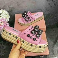 Miu Miu New fashion pearl diamond slippers Thick bottom shoes Pink