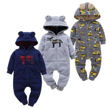 2018 soft Baby Christmas Costumes 6-24M Baby Boy Clothes lovely style Baby Rompers  clothing for kids