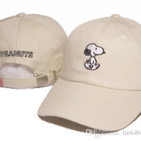 2016 Cartoon Snoopy Peanuts Snapback Hat Trucker Visors Cap LOVE figureBird fish Embroidery Comic Baseball Hats Bone Golf Hat Gorras Chapeau