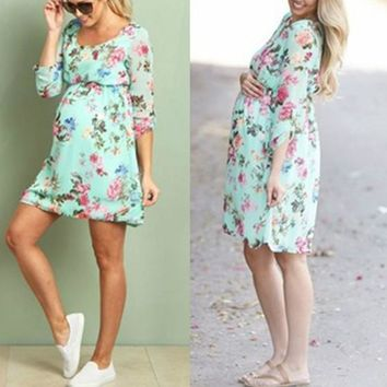 Green Flowers Print Pleated Scoop Neck Long Sleeve Casual Maternity Mini Dress