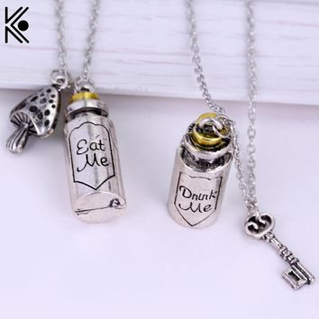 New fashion Alice in wonderland necklace  Hot Sale drink me & eat me pendant necklace for Lovers and friends best gift