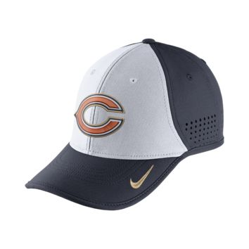 Nike True Vapor (NFL Bears) Adjustable Hat (Black)