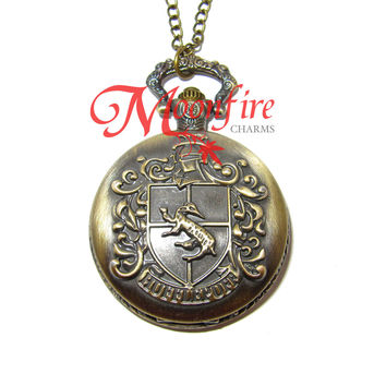 WIZARDING WORLD Hufflepuff House Crest Pocket Watch Necklace
