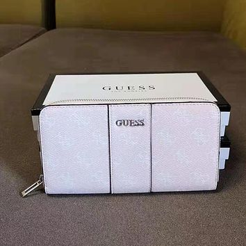 GUESS Women Fashion Leather Zipper Purse Wallet